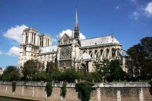 ノートルダム大聖堂 (Notre Dame de Paris)